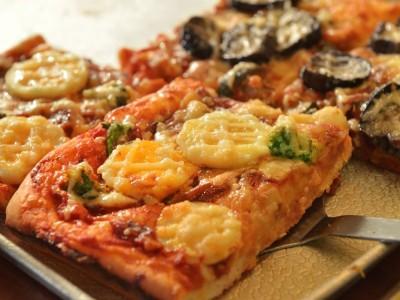 てりやきチキンのピザ